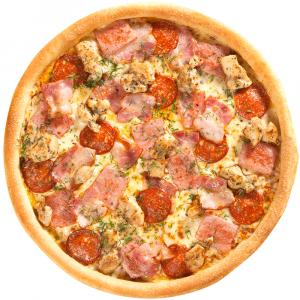 Пицца с копченой колбасой и соусом чили